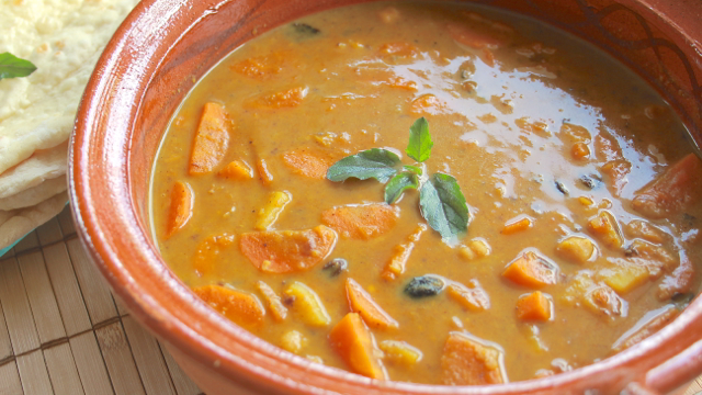 Moroccan Style Carrot and Chickpea Curry