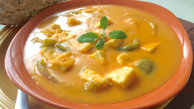 Sweet Potato Soup with Chunky Paneer and Bell Peppers